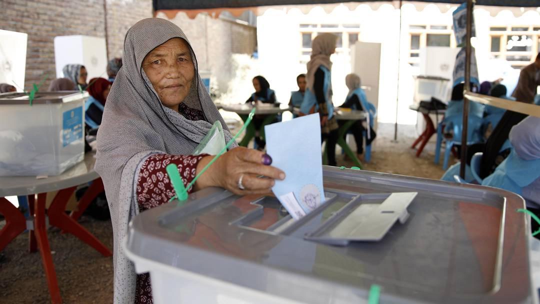 Trotz Anschlägen: Präsidentschaftswahlen in Afghanistan