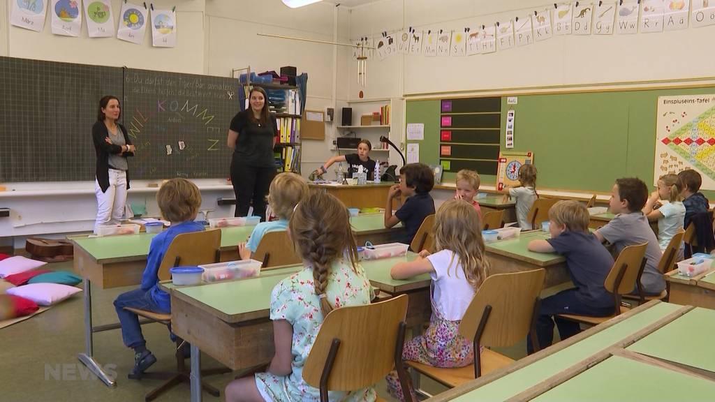Schulstart im Kanton Bern: 1. Klässler freuen sich aufs Rechnen und Lesen