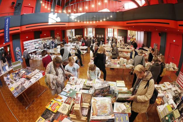 Blick ins Stadttheater, wo die Buchmesse Olten stattfand