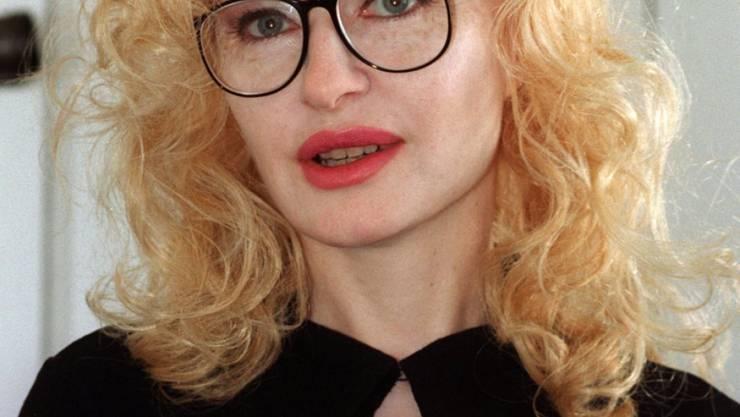 ARCHIV - Shere Hite, in den USA geborene Soziologin und Pionierin der feministischen Sexualforschung. Die für ihre Forschung zu weiblicher Lust bekannte Feministin ist am 09.09.2020 im Alter von 77 Jahren gestorben. Foto: picture alliance / Gero Breloer/dpa