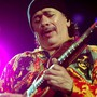Legt sich höchstens noch hin und wieder ein Stück Haschisch unter die Zunge: Der US-amerikanische Musiker und Gegner synthetischer Drogen, Carlos Santana. (Archivbild)