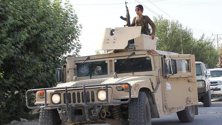 Afghanische Sicherheitskräfte in der Provinz Kundus im August: Schon damals mussten sie eine Offensive der Taliban zurückschlagen. (Archivbild)