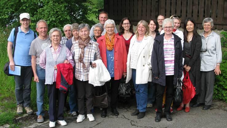 Gruppenbild der teilnehmende Naturfreunde aus Stetten AG an der Vereinsreise des NAVOS nach Bern.