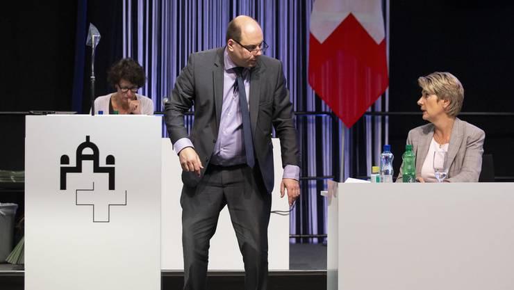 SVP-Nationalrat Mauro Tuena warb im Parlament für die Präventivhaft, Justizministerin Karin Keller-Sutter stellte sich dagegen.