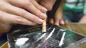 Die Basler Bürgerlichen sind bei der Legalisierung von Drogen zerstritten.