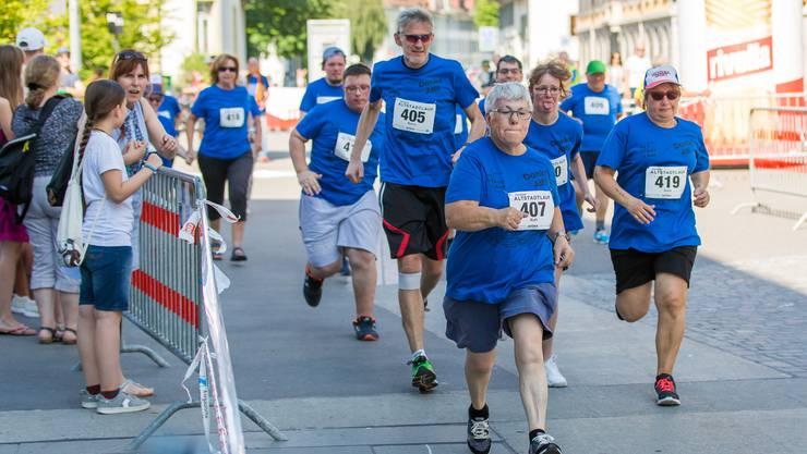 Läuferinnen und Läufer mit Handicap werden dank der Zusammenarbeit mit «Unified» wieder am Altstadtlauf teilnehmen.
