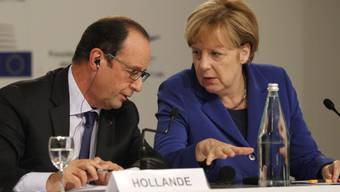 Hollande und Merkel am EU-Gipfel in Mailand