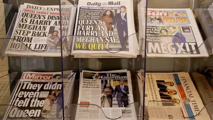 Kollektiver Notstand in der britischen Presse: Beinahe jede Zeitung des Landes hatte den königlichen Rücktritt auf der Titelseite.