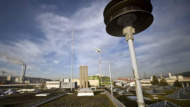 In der ganzen Schweiz ertönten am Mittwochnachmittag die Sirenen für den allgemeinen Alarm. Zwei Prozent von ihnen waren dagegen defekt.  (Archivbild)