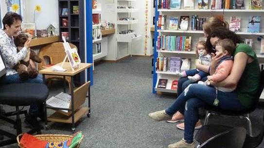 Värslianlass in der Bibliothek