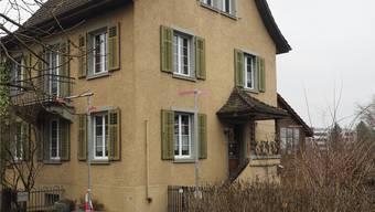 Die Gemeinde hat das Einfamilienhaus am Theilerweg im Frühjahr 2016 gekauft. twe