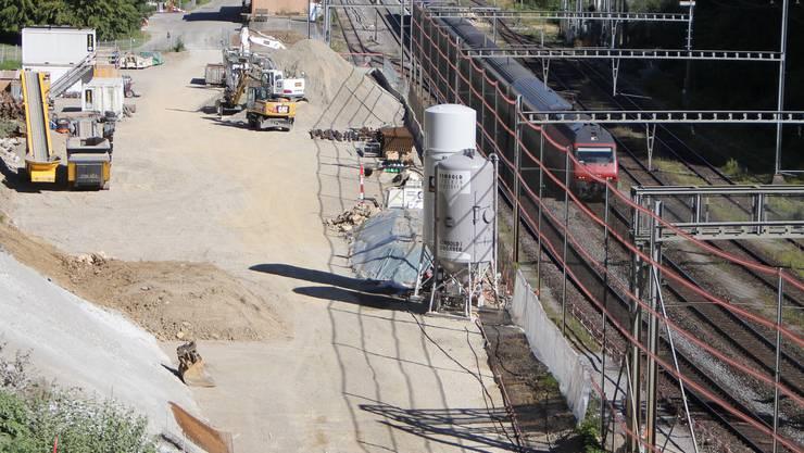 Das Areal bei der Station Effingen soll zuerst für den Neubau des Tunnels durch den Bözberg und danach – frühestens ab 2020 – für den Nagra-Bohrplatz genutzt werden.
