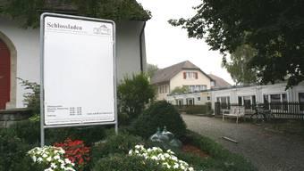 Schlosshof sanieren: Gemeinde soll der Stiftung unter die Arme greifen. (Marcel Siegrist)