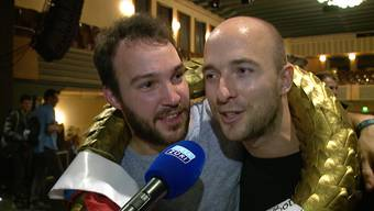 Duo «InterroBang» gewinnt die Poetry-Slam-Meisterschaft: Das Duo Valerio Moser und Manuel Diener hat sich gegen neun andere Teams durchgesetzt.