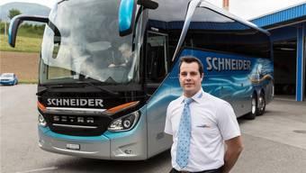Patrick Schneider vom Carunternehmen Schneider Reisen in Langendorf. (Archiv)