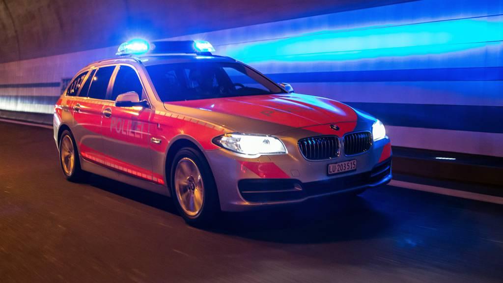 Nach Kollision: Polizei sucht Zeugen