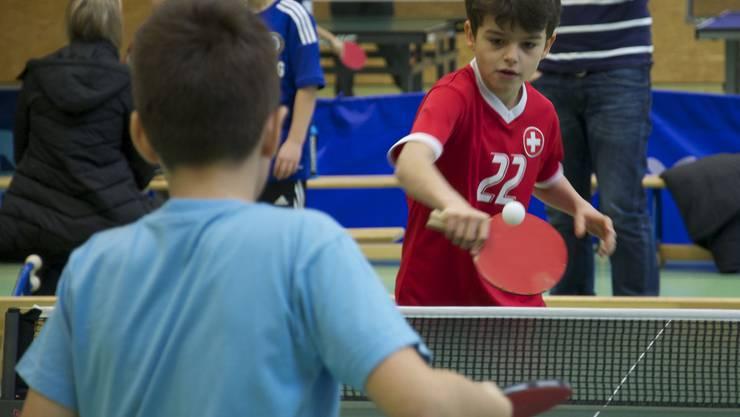 Mit viel Eifer, Konzentration und Ballgefühl wurde am Sonntag Tischtennis gespielt.