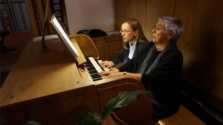 Die amtierende und die ehemalige Organistin: Magdalena Malec und Helene Gräser.