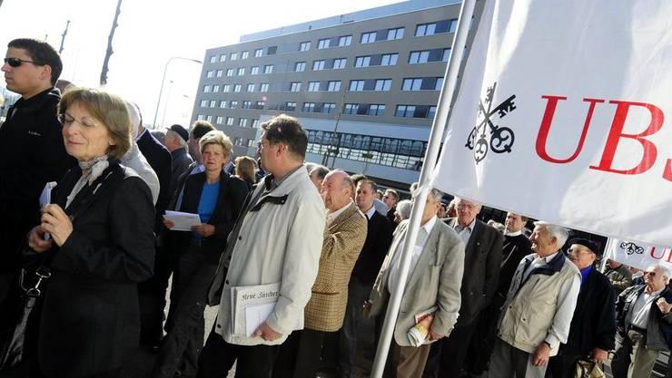 Auch der Basler Regierungsrat nimmt mit Bedauern Kenntnis vom weiteren Stellenabbau.