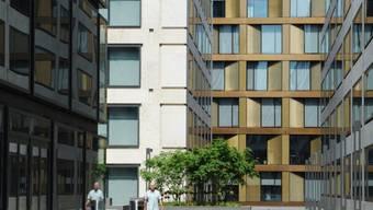 An der Zürcher Europaallee neben dem Hauptbahnhof bauen die SBB eine Seniorenresidenz mit 74 Alterswohnungen für bis zu 18000 Franken pro Monat (Archivbild).