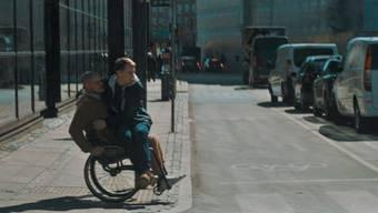Einkaufen oder Tram fahren: Dieses Video soll verdeutlichen, wie sich Menschen mit Angststörungen im Alltag fühlen.