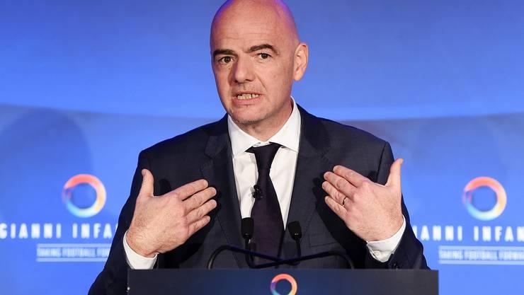 Gianni Infantino (45, Schweiz): Die Chancen des Uefa-Generalsekretärs sind nach dem Ausscheiden von Michel Platini durchaus intakt.