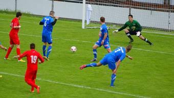 Team Aargau (in Blau) im Auswärtsspiel gegen Dietikon, welches einen nicht berechtigen Spieler eingesetzt hat.