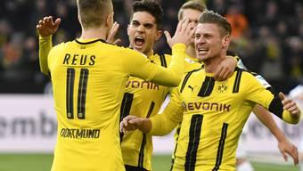 Borussia Dortmund sicherte sich dank einer Aufholjagd beim 2:2 auswärts gegen Real Madrid den Gruppensieg