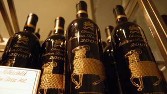 Die Preise für Rotwein aus dem Ausland sind im November gestiegen. (Symbolbild)