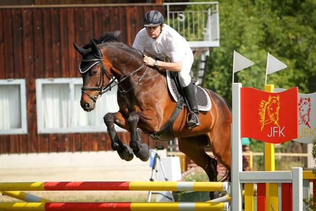 Vizemeister 2014, Heiri Furrer aus Dietikon, reitet auch dieses Jahr mit um den Meistertitel.