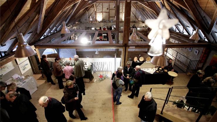 Weihnachtsstimmung in der Scheune vom Schloss Waldegg.
