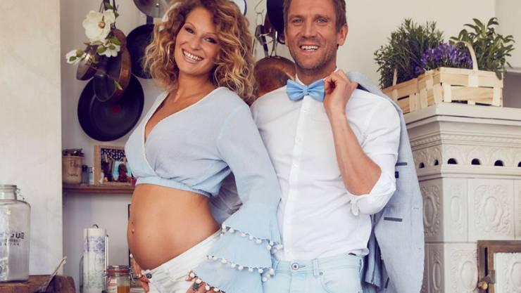 """Das Baby ist da: Ex-""""Dschungelkönig"""" Peer Kusmagk und seine Verlobte Janni Hönscheid sind Eltern eines Sohnes. (Archivbild)"""