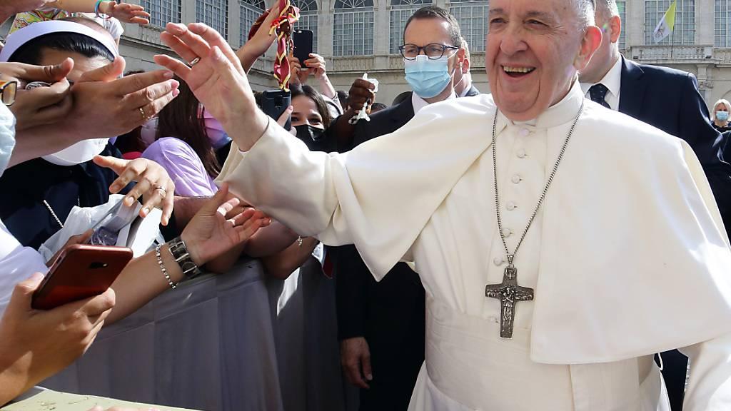 Papst will Kirche gemeinsam mit Laien weiterentwickeln