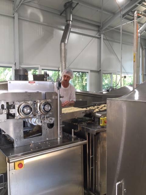 Eine bestehende Lagerhalle wurde zur Produktionsstätte ummodeliert. (© PD)