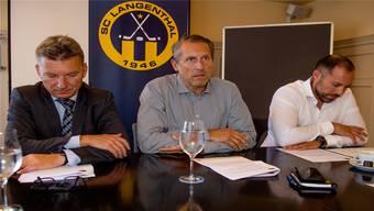 Markus Meyer (von links), Stephan Anliker und Gian Kämpf mit düsteren Mienen.