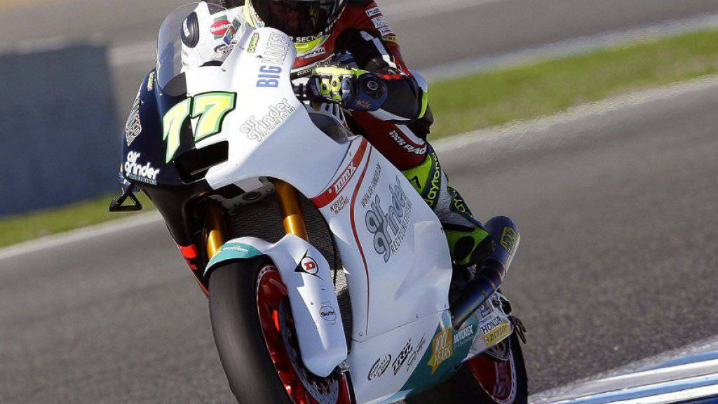 Dominique Aegerter hat sein Suter-Motorrad bereits gut im Griff