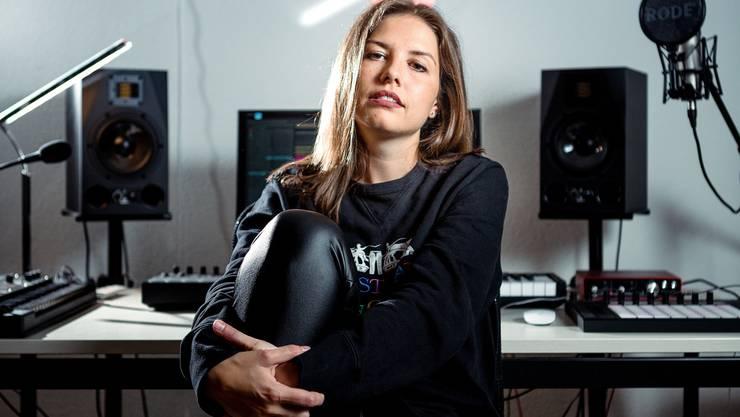 Jasmin Peterhans, 27 ist als Sensu für die Swiss Music Awards nominiert.