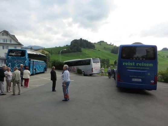 3 Busse sind es gewesen, die wir hatten wir diese Fahrt ins Blaue