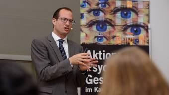 Christian Imboden von den Psychiatrischen Diensten der Solothurner Spitäler AG (soH) referierte in der Solothurner Jugendherberge
