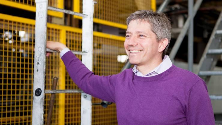 Markus Reber ist Geschäftsführer der Metal Paint AG, welche Bänder in allen Farben beschichtet.