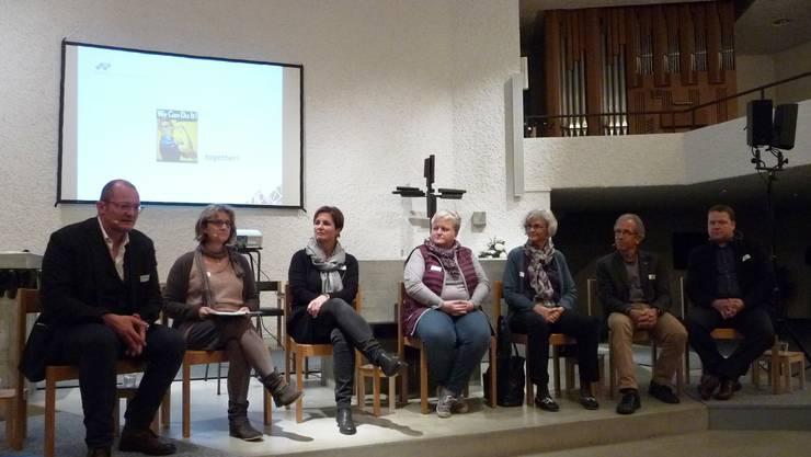 Fachleute und Betroffene (von links) Reto Stampfli, Franziska Bögli, Verena Bürki, Beatrice Stank, Leni Hug, Christoph Cina und Reto Allemann.