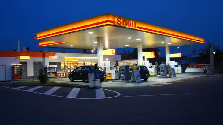 Vorläufig ohne Konkurrenz: Der Tankstellenshop Fohlenweide von Shell/Migros bleibt vorderhand der einzige in Bremgarten. (sl)