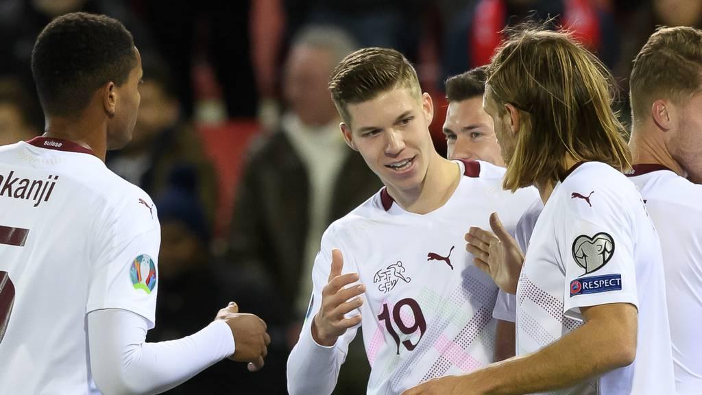 Die Schweiz fährt an die EM – FCSG-Talent Itten trifft doppelt