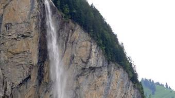 Ein steiler Abhang oberhalb von Lauterbrunnen.