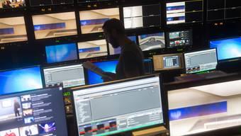 Blick in den Regieraum des RSI-Fernsehstudio.