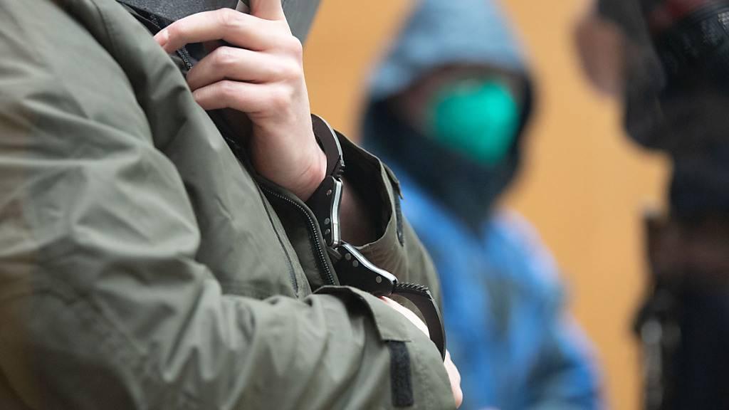 Rechtsextreme Terrorzelle in Deutschland vor Gericht