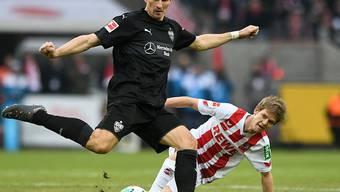 Mario Gomez erzielt eines von zwei Toren, Kölns Vincent Koziello kann nur zuschauen