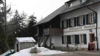 Wie reagiert das Restaurant Sennhaus auf die Neuigkeit, dass der Kurhaus-Pächter im April gehen muss?