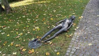 Im ersten Moment wurde vermutet, dass sich Kunstvandalen an der Statue zu schaffen machten.