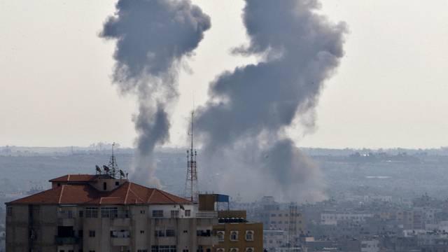 Rauch über Gaza-Stadt